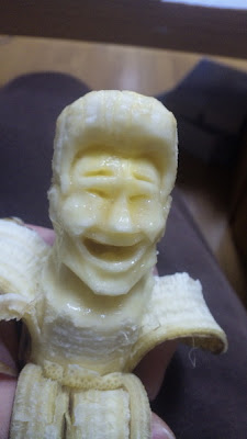 12 Creative 3D Banana Sculptures (12) 3