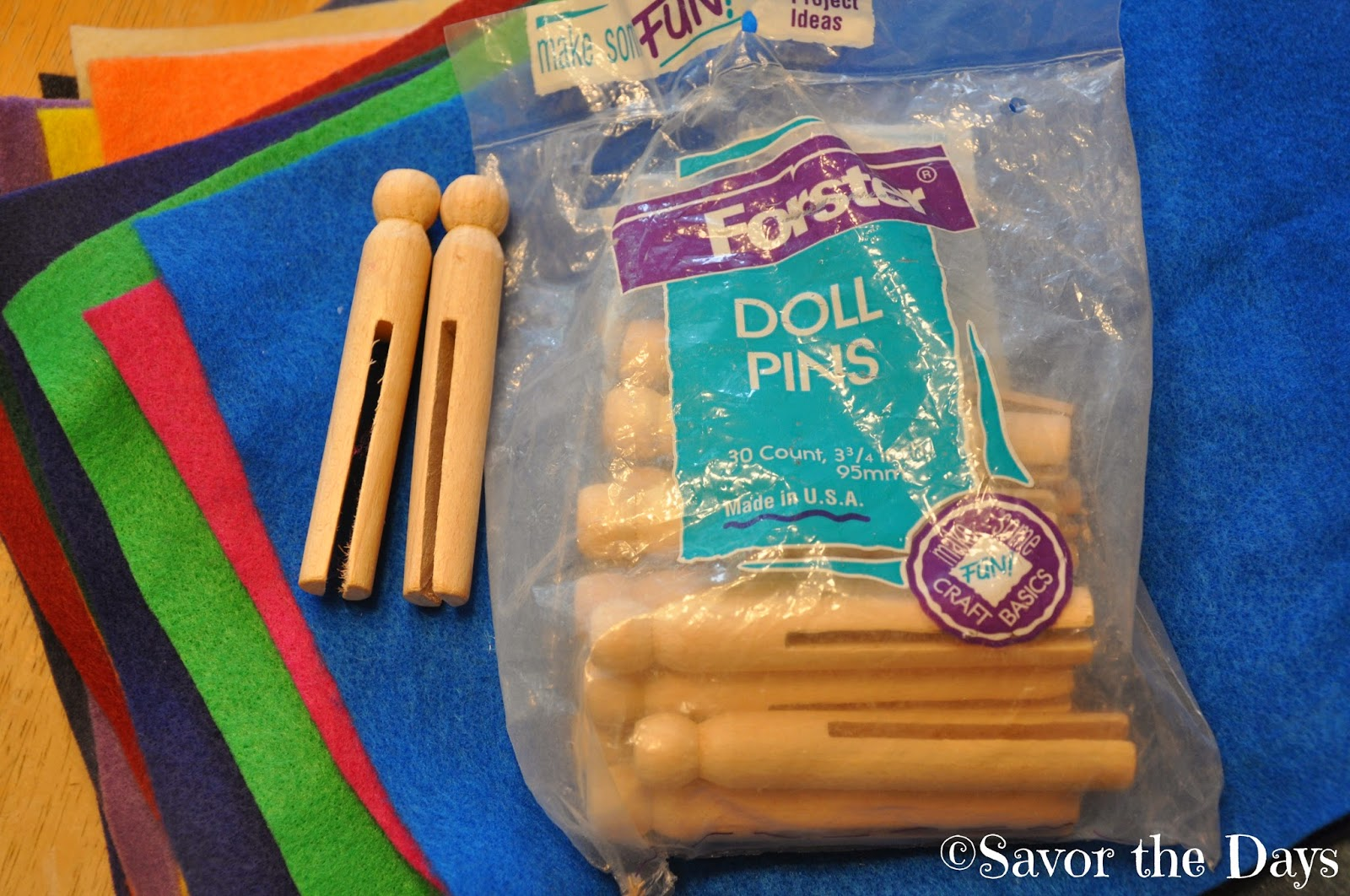 Craft supplies: Doll pins and felt