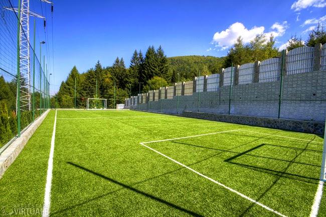 teren de fotbal la 3 Stejari Brasov
