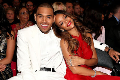 Fan, Lempar, Botol, Pada, Rihanna, Kerana, Chris Brown, Artis Hollywood, Hiburan, Artis Amerika