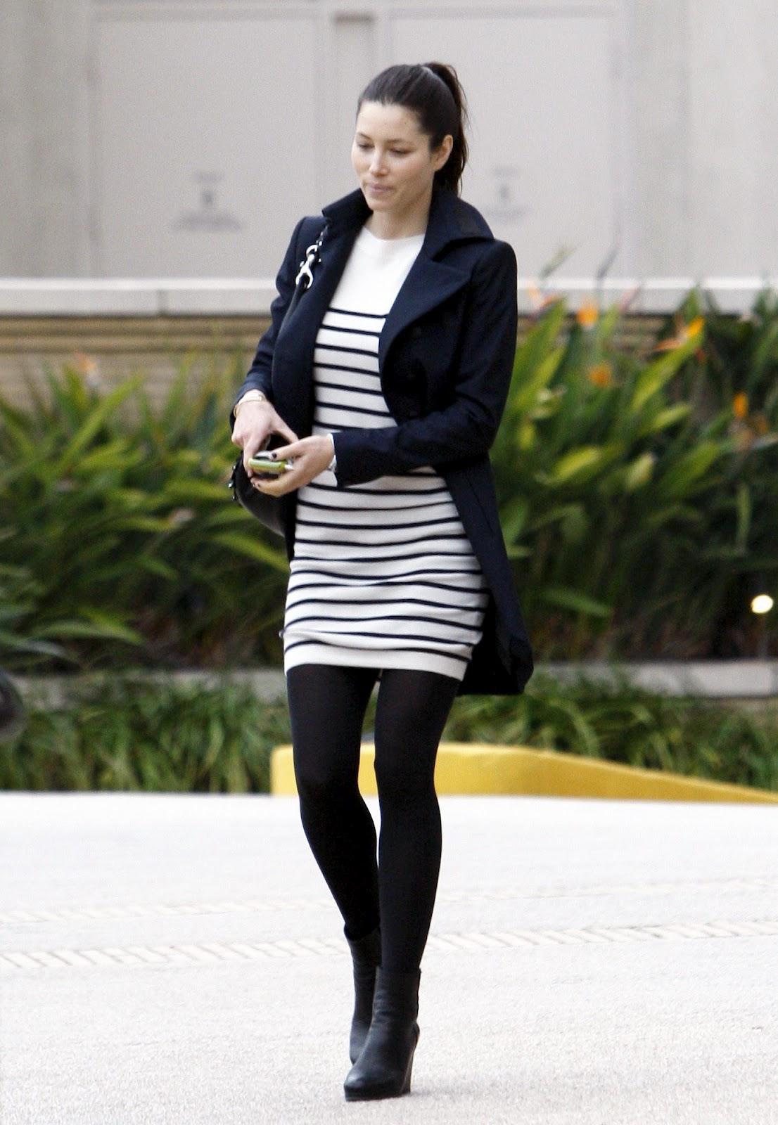 Jessica biel gallery pantyhose