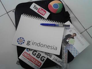Oleh oleh dari Google. Google Kits (Notebook, Pen, Stiker, Photo Box)