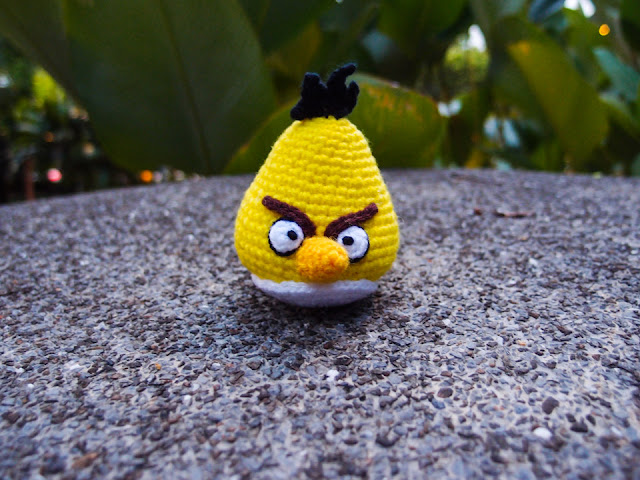 crocheted yellow angry bird amigurumi