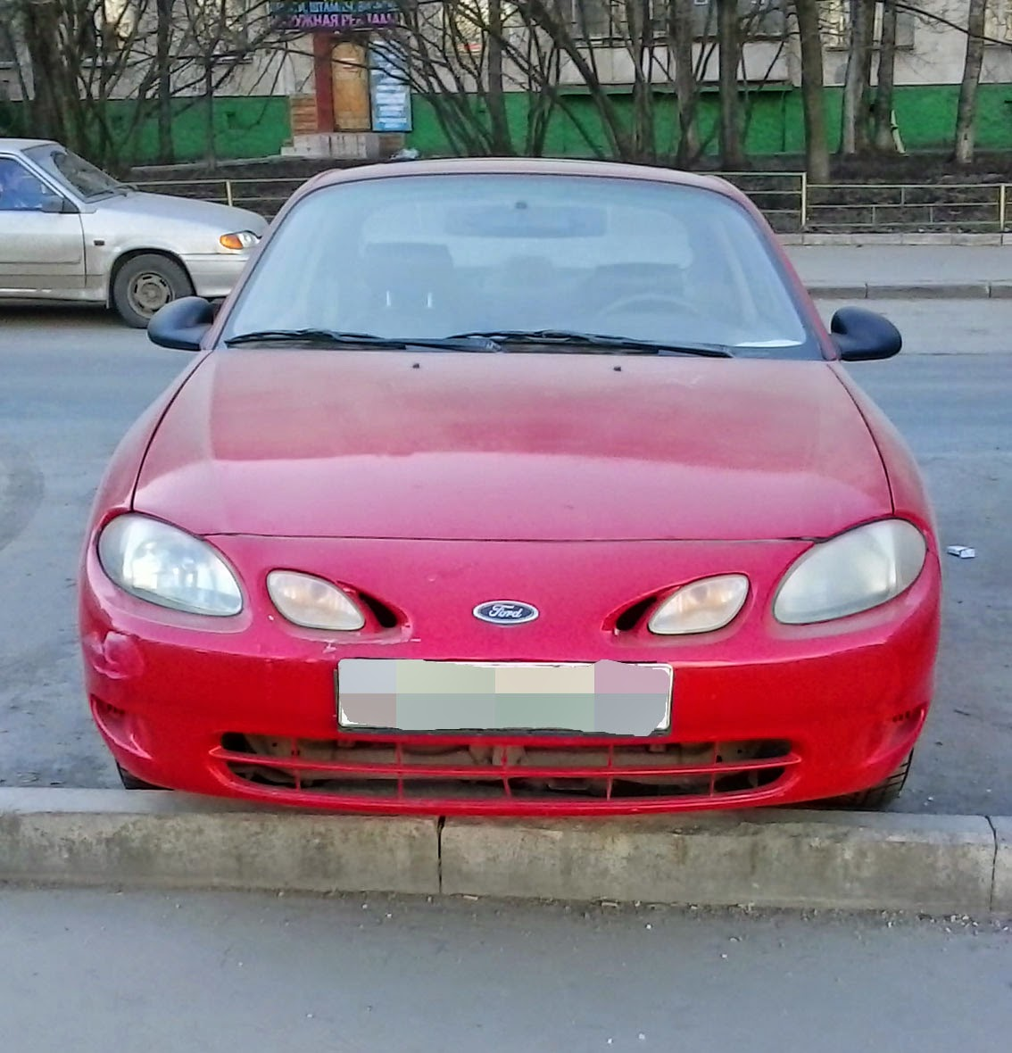 spotted cars in moscow 1998 ford escort zx2 ford zx2. Black Bedroom Furniture Sets. Home Design Ideas