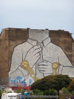 Berlin, graffiti, streetart, art, gebäude, blu