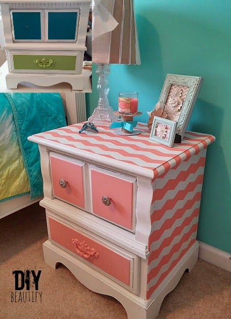 Painting perfect chevron stripes is easy when you use this awesome product! Find it and the tutorial at DIY beautify!