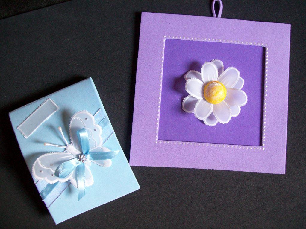 Bloquinho de anotações e quadrinho com flor de papel vegetal - Aulas