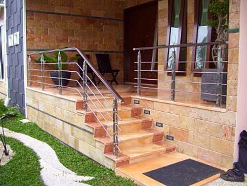 Design-terrace-house-with-minimalist-Stairs-Minimalist