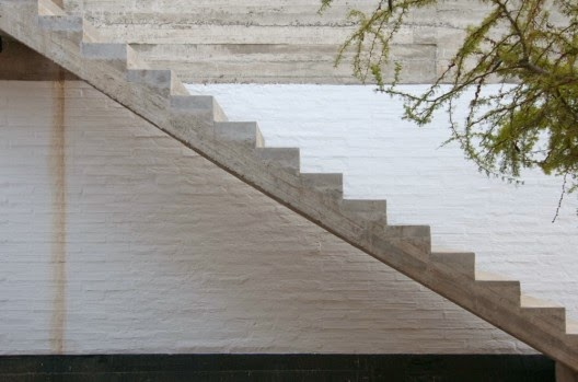 straight stairs designs by Rino Levi