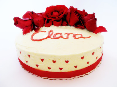 Beautiful birthday cake for your special girl