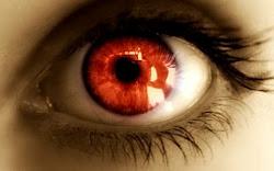 Ojos de Valeria y Roxana