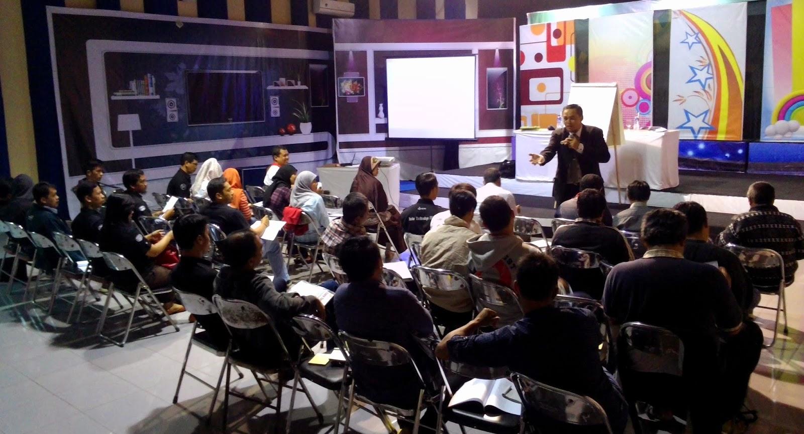 Suasana-Kelas-workshop-SOP-Radar-Tasikmalaya-Group