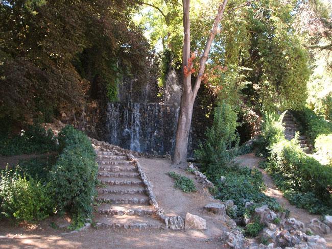 Jardines de la fuente del berro paisaje libre for Piscina fuente del berro