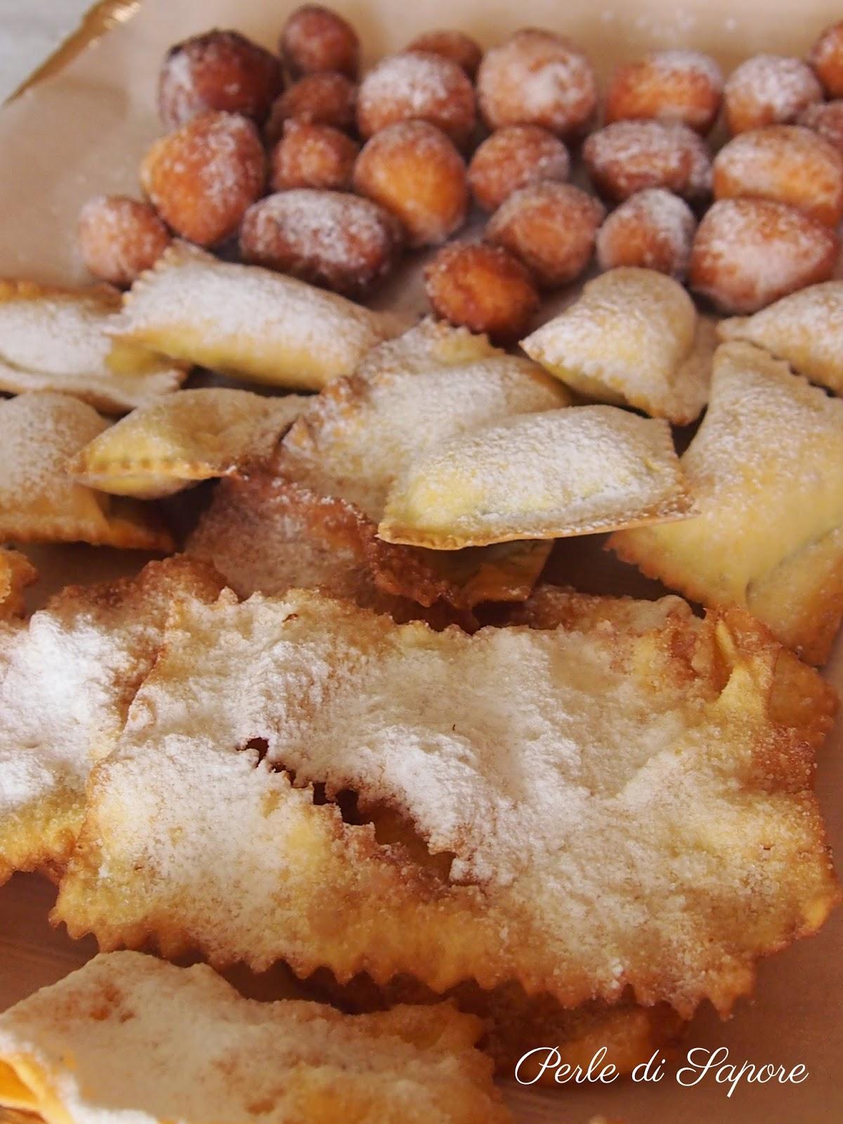 dolci di carnevale: chiacchiere, favette e ravioli dolci
