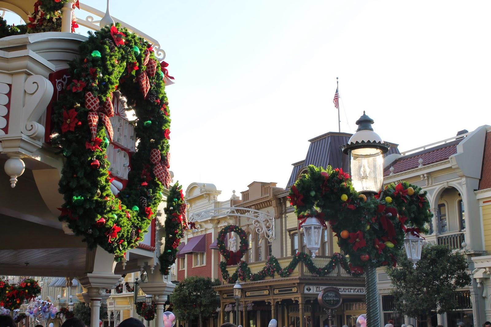 Candoitmom Blog Lots Of Pics Christmas Decorations At