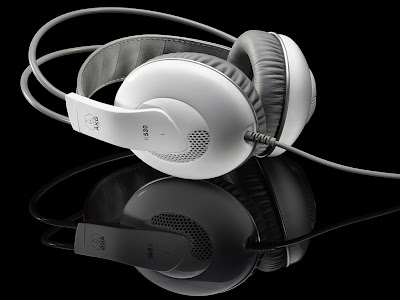 AKG Music headphones Wallpaper