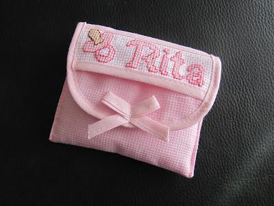 Porta chupeta bebe bordado