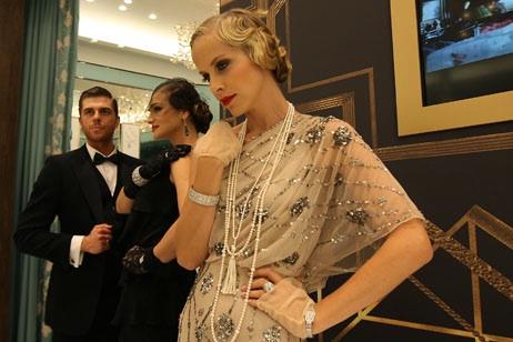 polly 39 s beauty secrets gatsby c 39 est magnifique get the look. Black Bedroom Furniture Sets. Home Design Ideas