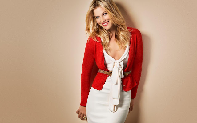 Ali Larter Red White Dress