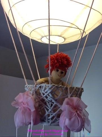 ikea lampadario carta di riso : Lampadario, forma mongolfiera, handmade, tessuto, nastri,Ikea.