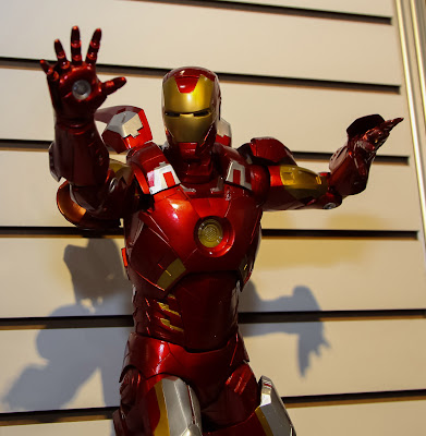 NECA 2013 Toy Fair Display Pictures - 1/4 Scale Avengers Iron Man Mk VII figure