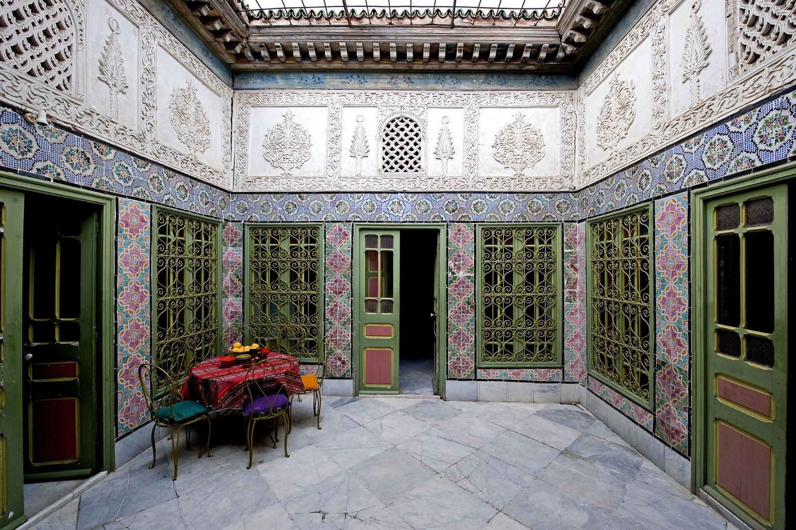 Chambres d 39 h tes la chambre bleue tunis tunisie voyage for Chambre bleue tunis
