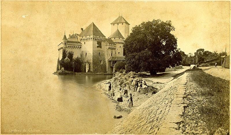 http://en.wikipedia.org/wiki/File:Chateau_de_chillon.jpg