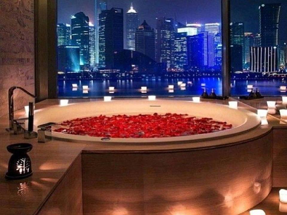 Home Decor 15 Romantic Jacuzzi Suites