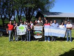 Multitudinaria visita de amigos a la Expedición del PRC. 002