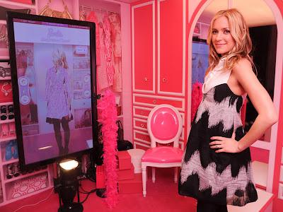 Gadis Barbie Charlotte Hothman