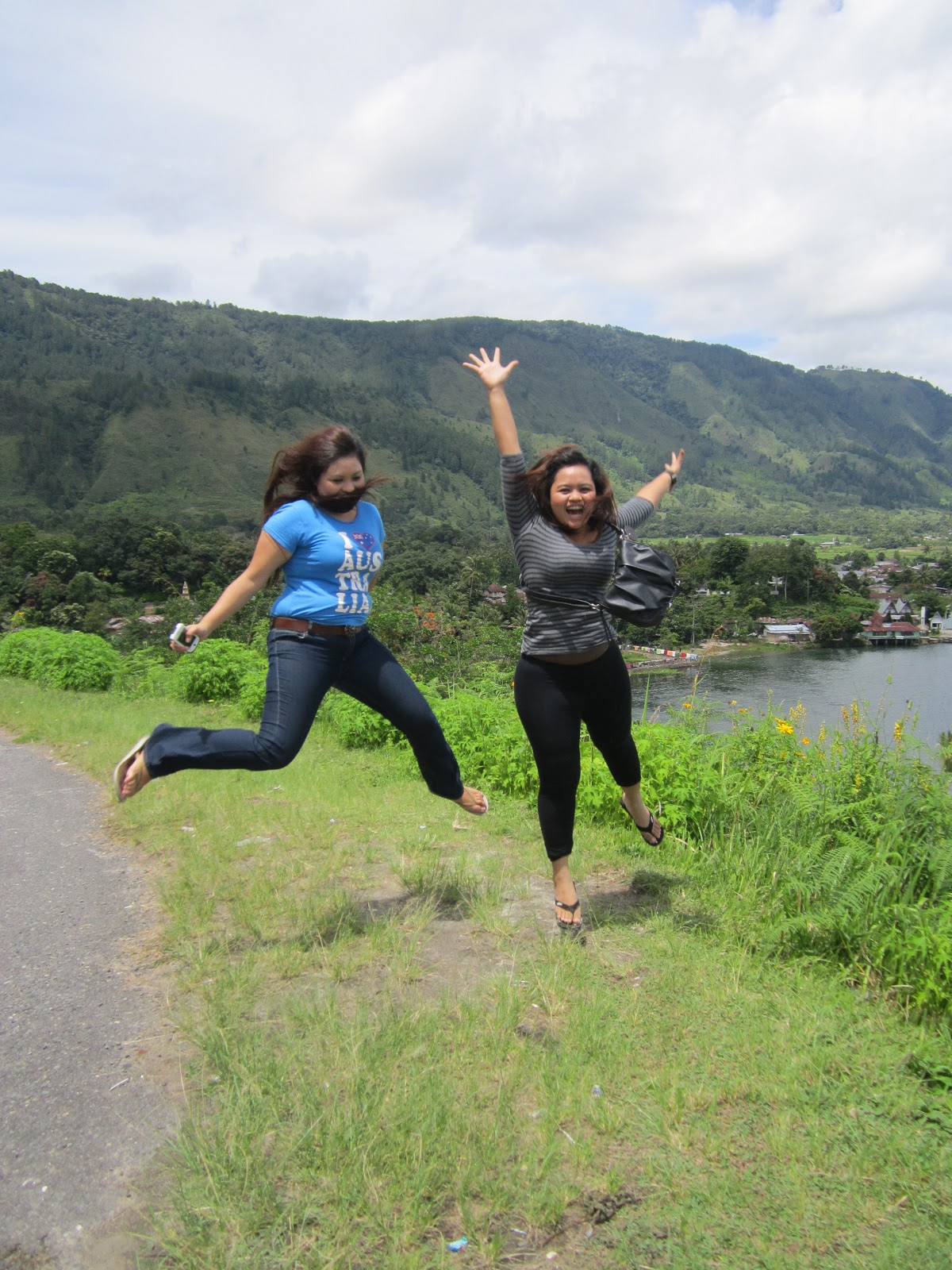 MEDAN-DANAUTOBA TRIP 2012 - day 3 (part 4)