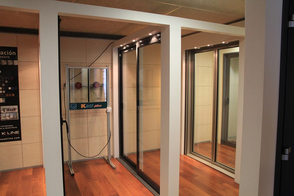 Ventanas correderas aluminio k line fabrica ventanas de for Correderas de aluminio