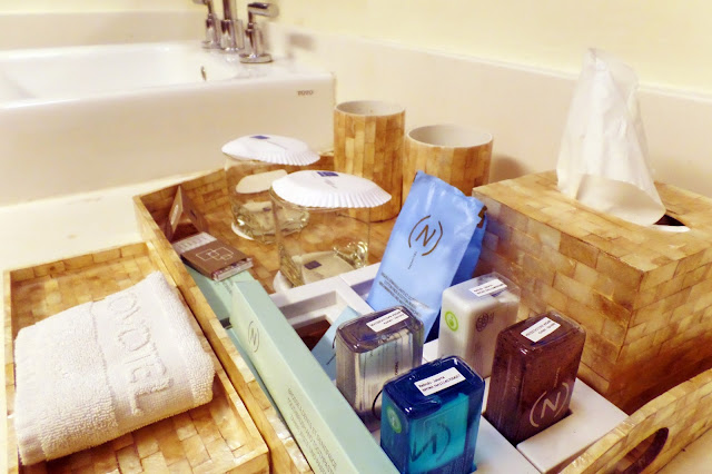Novotel Hotel - Bathrobes, slippers and bathroom amenities  | www.meheartseoul.blogspot.com