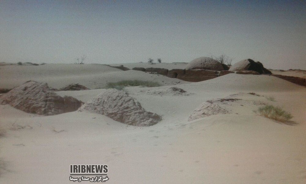 Constant massive sand storms swallow 16 villages in southwestern Iran as sand begins to reclame...