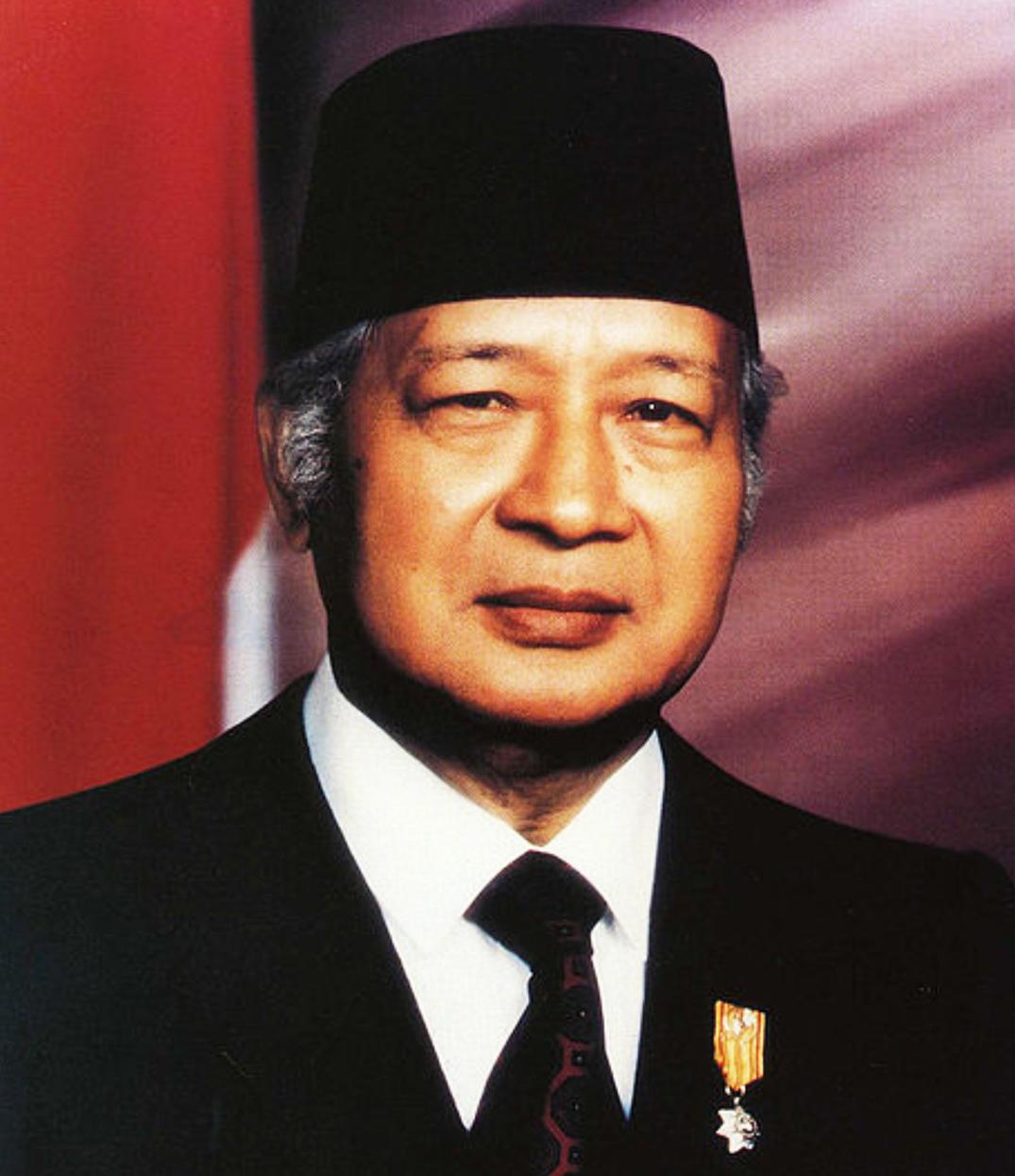 Presiden Soeharto berwarna