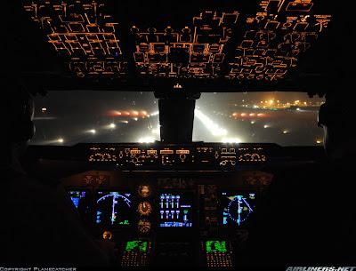 Simulando o voo BA0247: de Heathrow a Guarulhos no Boeing 747  Painel+-+noturno