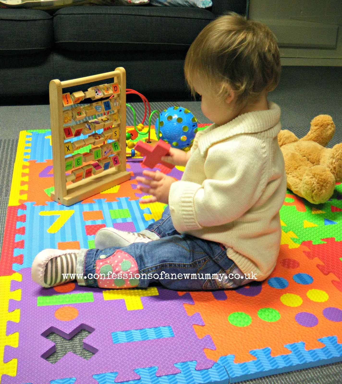 Review soft floor kids playmat confessions of a new mummy for Floor kids review