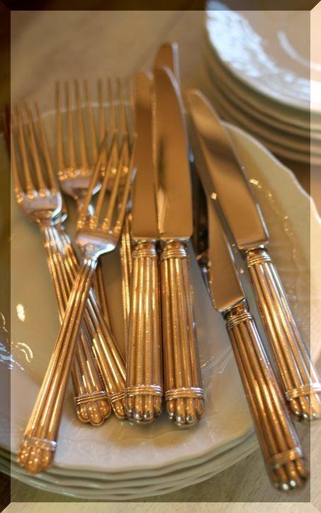 Madame gourmet il galateo a tavola ii parte - Galateo a tavola posate ...