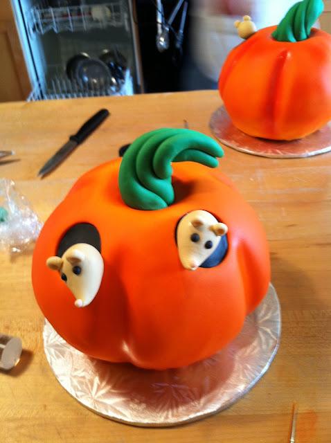 My Sweet Blog: Back to (Cake) School