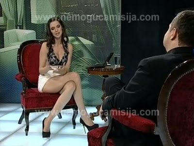 Video PM Serbia Kena Jebakan Mesum Presenter Seksi
