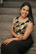Anchor Chitralekha latest glam pics-thumbnail-12
