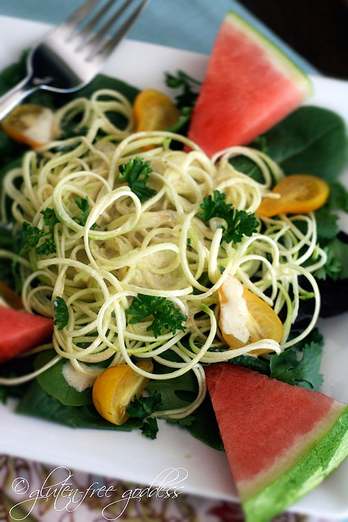 Raw zucchini pasta with cashew cream sauce