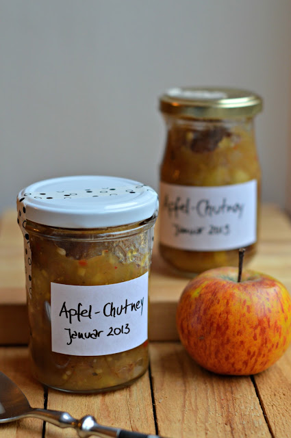 Apfel Chutney mit Rosinen, homemade apple chutney