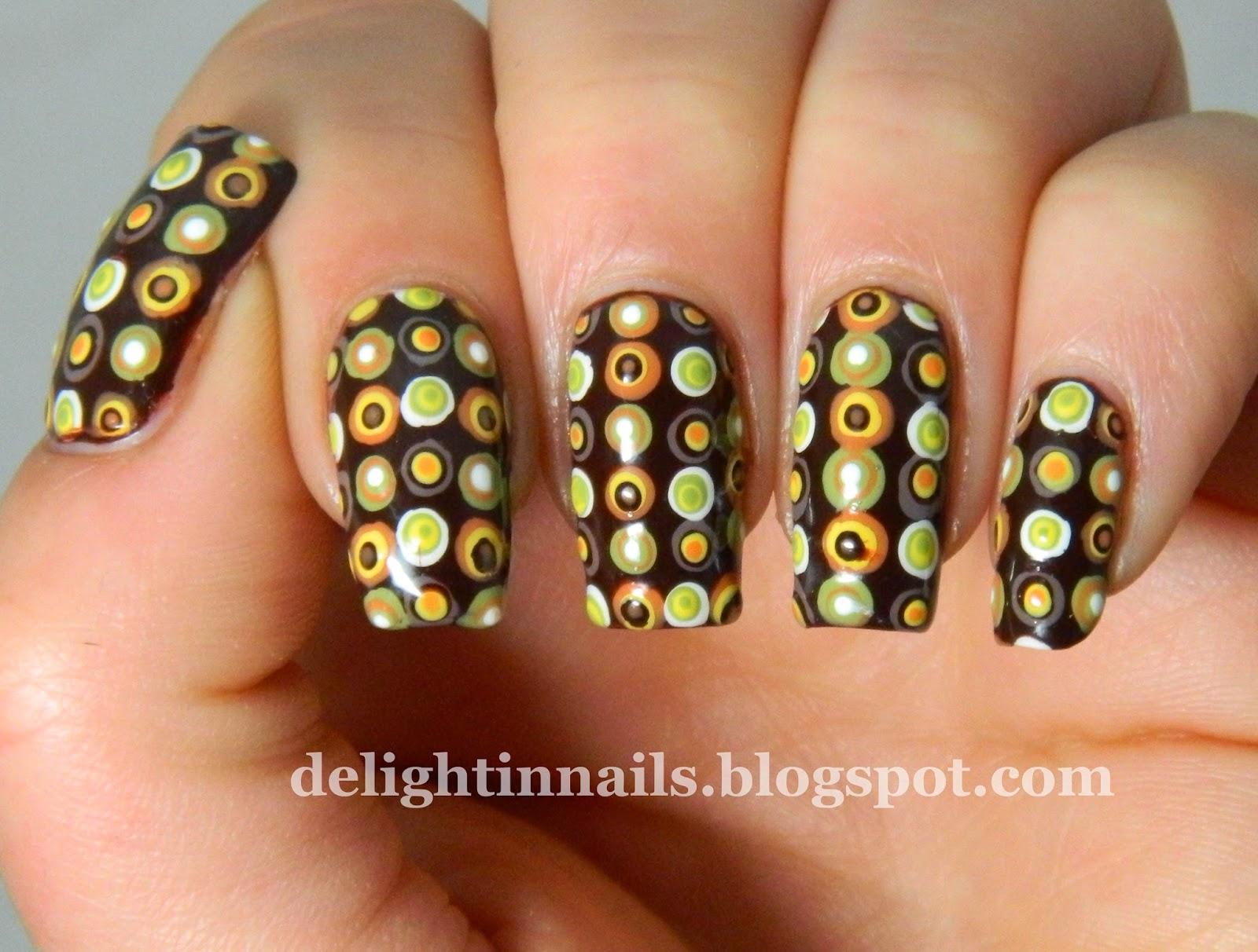 Seventies Manicure