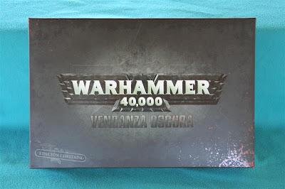Portada de la caja de Warhammer 40000: Venganza Oscura