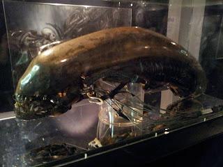 HR Giger Alien-skull