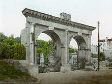 """Vicino alla romana """"Porta Gemina"""""""