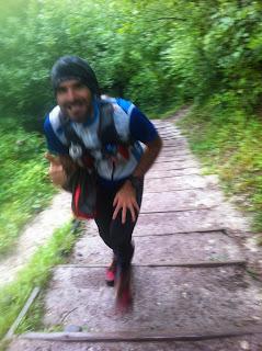 Brutalni schody na kopec kde se jela olympiada