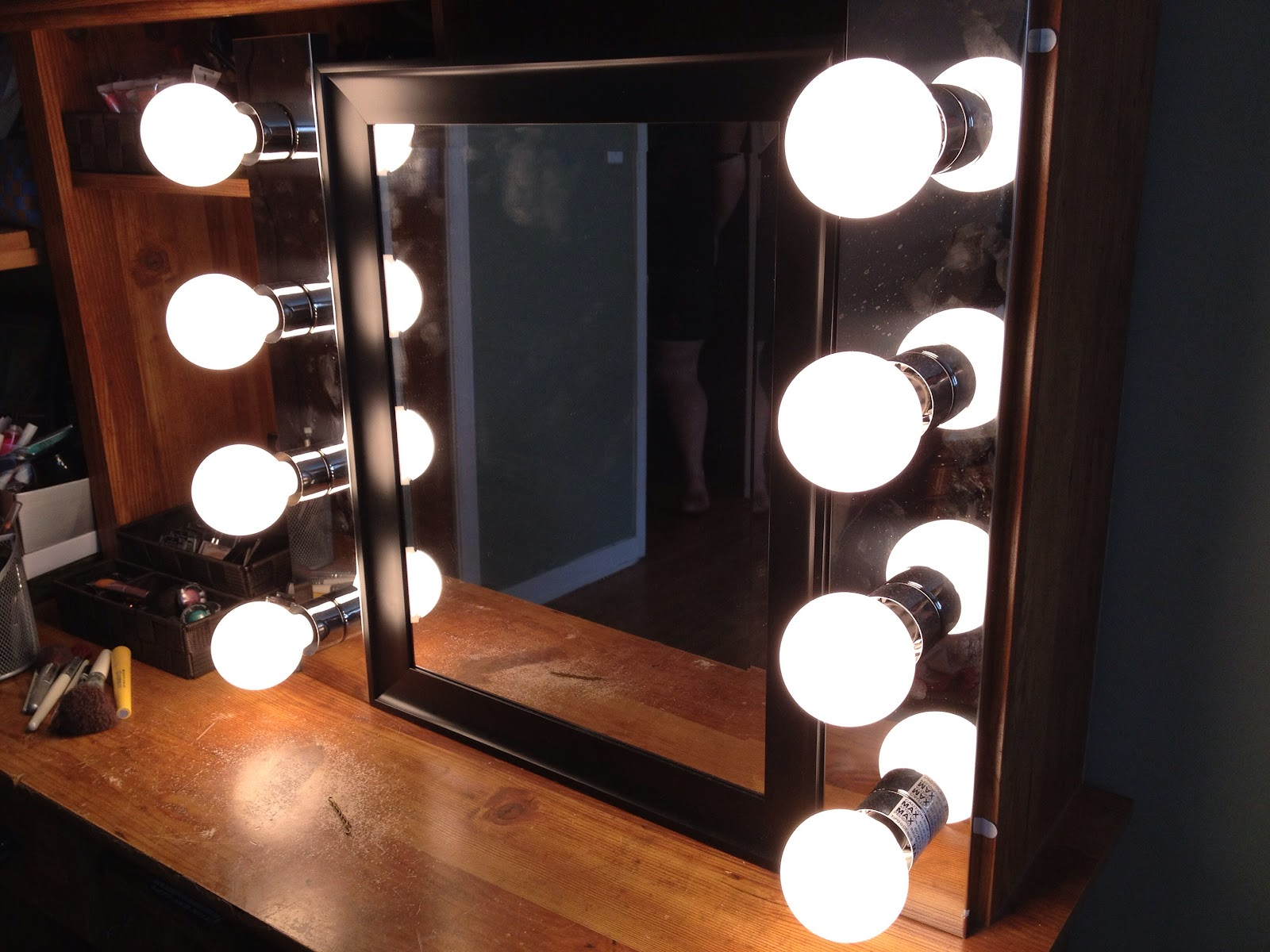 Such pretty things do it yourself vanity mirror link love solutioingenieria Images