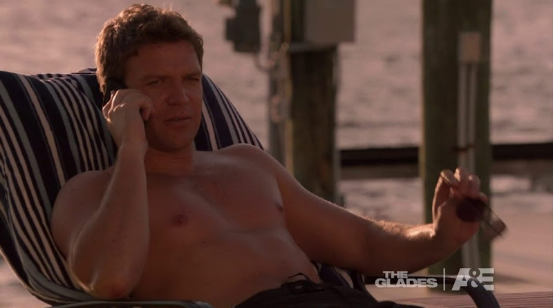 Matt Passmore Shirtless in the Glades s2e02